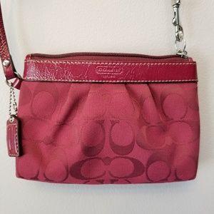 Coach Mini Bag Wristlet Clutch Maroon